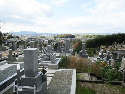燈篭寺墓地(木津川市) | 京都霊園ガイド