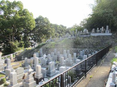 精華町にあるお墓、菱田山ノ下墓地